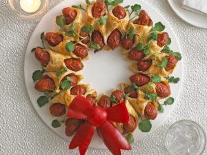 Christmas-Sausage-Wreath-2