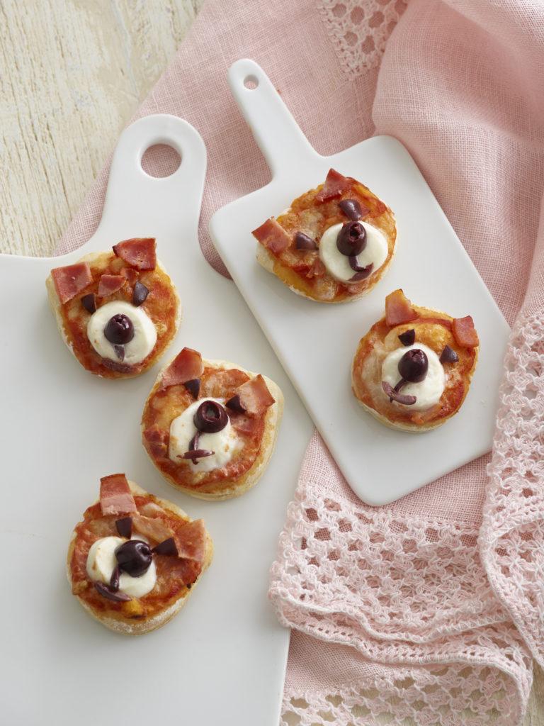 Teddy Bear Pizzas Recipe by Annabel Karmel