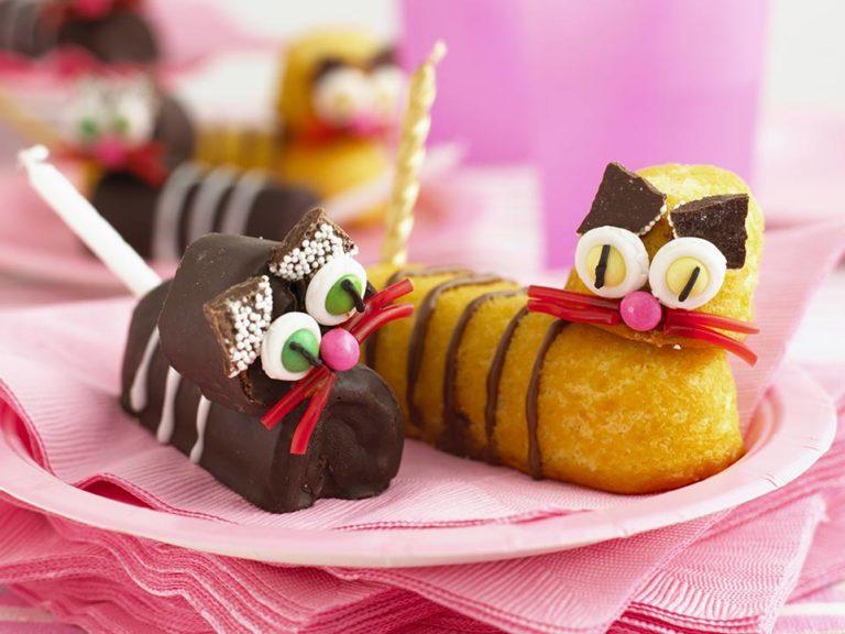 Kitten Cakes recipe by Annabel Karmel