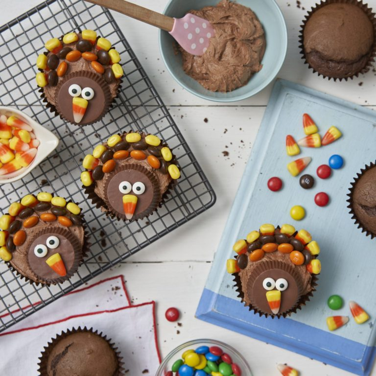 Thanksgiving Turkey Cupcakes recipe by Annabel Karmel
